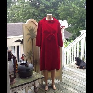 VTG RED VELVET COAT...STUNNING!!