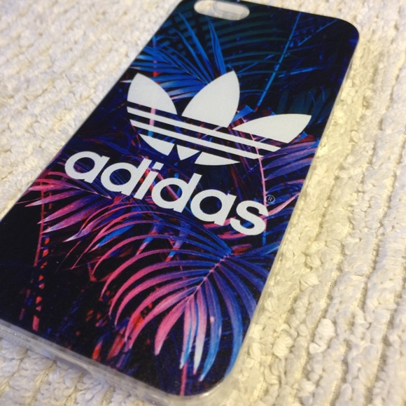 size 40 1e4ce db0cc ✨New Adidas iPhone 5/5s Case ✨ NWT