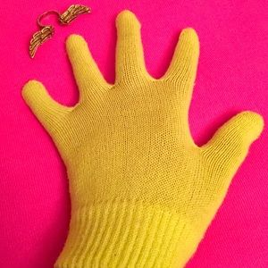 Other - Volt Knit Gloves