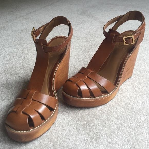 5a6dd2720142d Tory Burch Shoes - Tan Tory Burch River T-Bar wedges