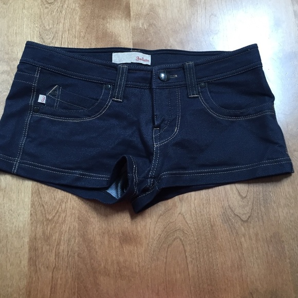 Jalate - Never worn dark stretchy & comfy jean shorts from Jenna's ...