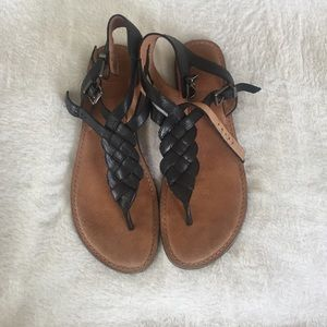 Shoes - Leather braided sandals