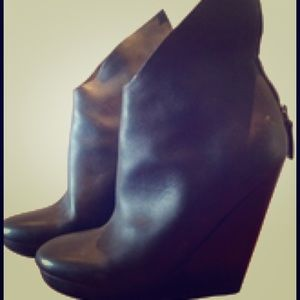 Marsell Shoes - Marsell  winged booties