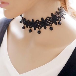 🌺SEXY BLACK LACE CHOKER NECKLACE  With  Beads🌺