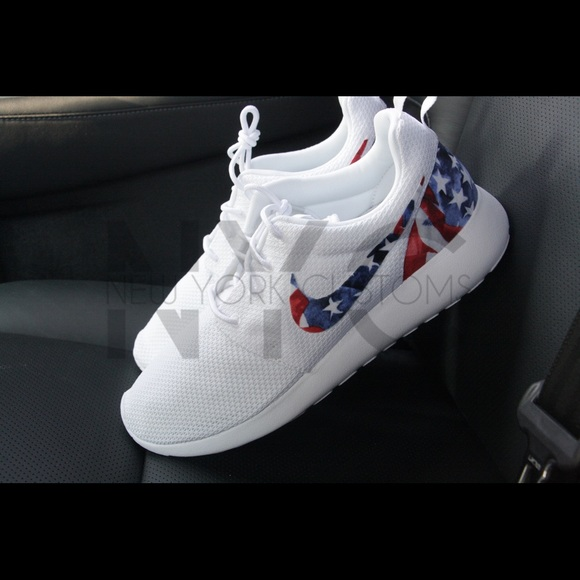 nike usa flag hat, Nike men's roshe one running shoes, nike