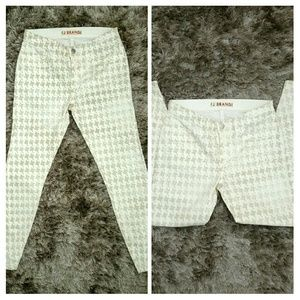 ~ *J Brand*HoundsTooth Jeans~
