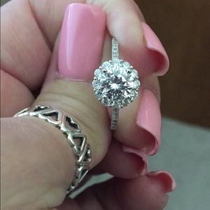 Jewelry - 💥Price Firm💥Engagement Ring