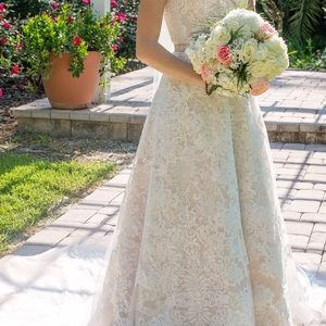 Wedding dress in champagne/ivory