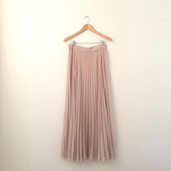 Cream Pleated Skirt 111