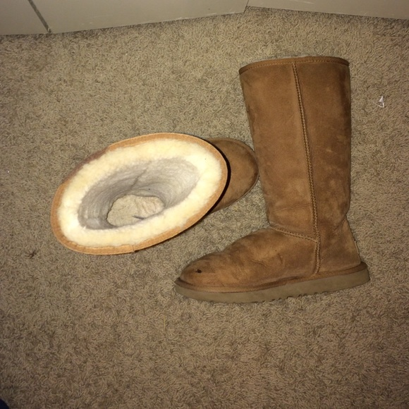how to get a stain out of ugg boots