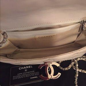 63a3be6f9296de Chanel Bags | Beige Leather Hampton Bag | Poshmark