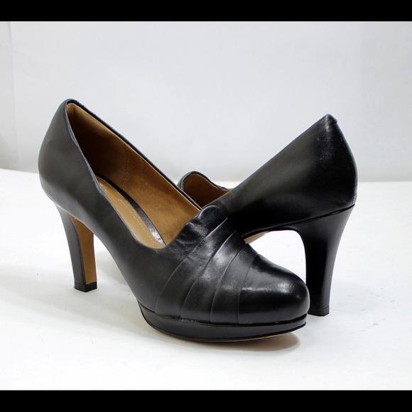 270213155807 Clarks Shoes - Size 10 Clark s Delsie Joy shoes