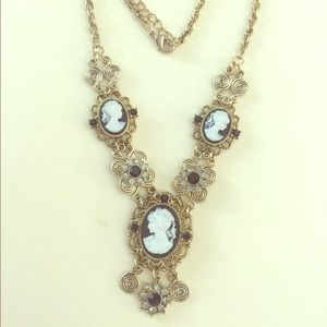 Jewelry - Triple cameo necklace with Austrian crystal detail