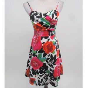 MAKE AN OFFER‼️‼️B. Smart Floral Dress Size 6