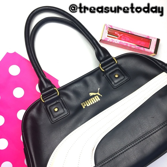 be142a552d RARE💋 Puma Black & White Large Sachel Bag 💸SALE.  M_57d21bf28f0fc4794200681c