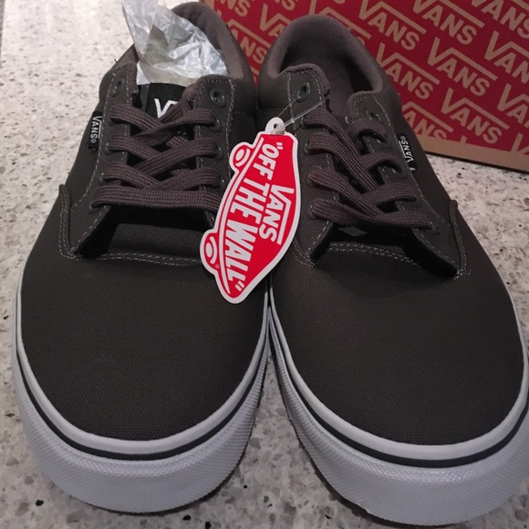 Chaussures Hommes Vans Taille 9.5 zntqD7A
