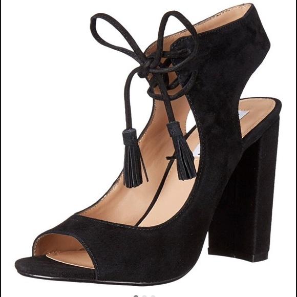 2abe891c56b Steve Madden Charlea sandal. M 57d23df578b31cf66500ccf8