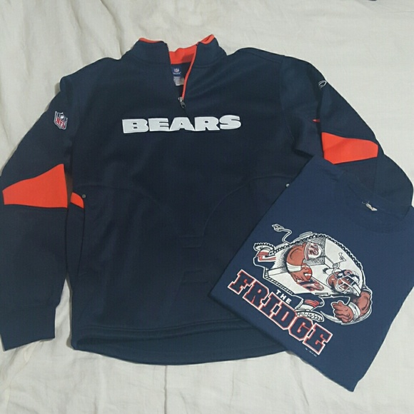f3bf3e954 Chicago Bears NFL Reebok Pullover w  vintage tee