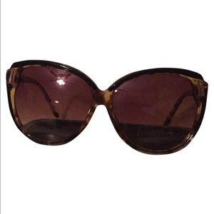 House of Harlow 1960 Accessories - House of harlow eyacat sunglasses