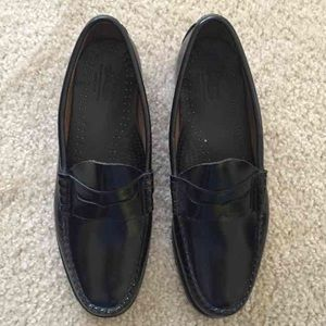 Bass Other - Men's Bass Weejuns loafers *MUST GO, make an offer
