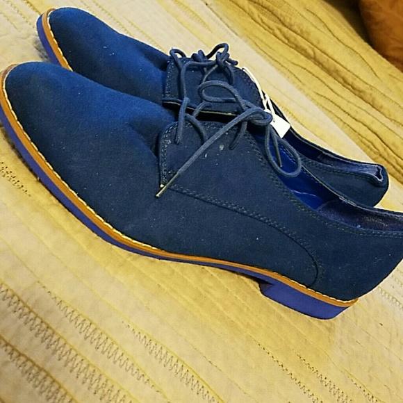 GAP Shoes   Womens Royal Blue Suede