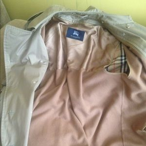Burberry trench coat for sale, only worn 5 times