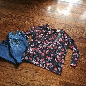 Dantelle Tops - Dantelle blouse NWT