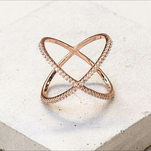 Jewelry - X rose gold ring