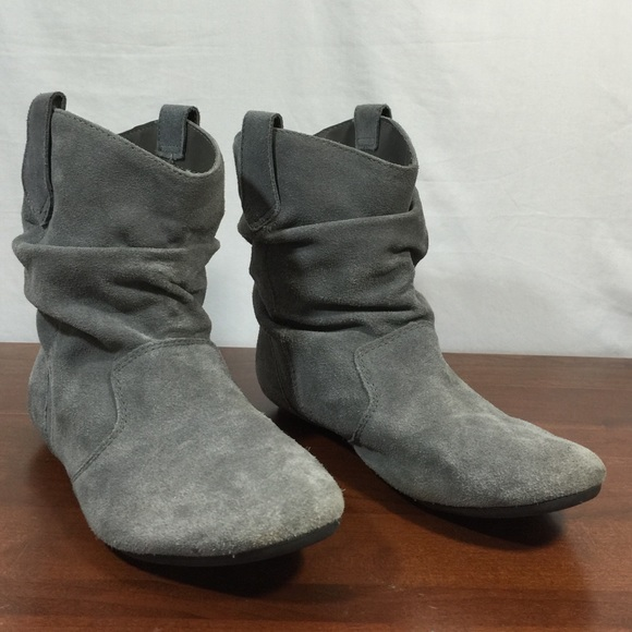 8ac052f3b576 Steve Madden Slouch Ankle Boots Gray Suede. M 57d30f224127d000d1009eeb