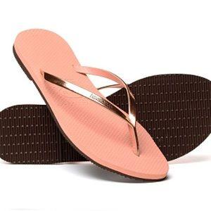 Havaianas Shoes - Sale! Metallic Pink Havaianas