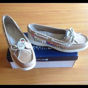 Sperry Top-Sider Shoes - NWT Sperry Top-Sider Angelfish Boat Shoe Size 8