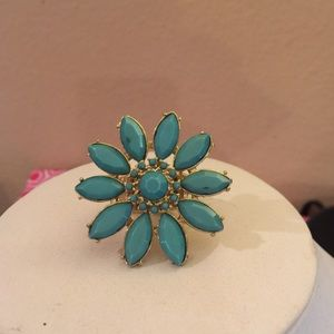 Jewelry - Turquoise stretchy flower Ring❌PRICE IS FIRM ❌