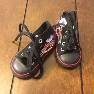 Converse Other - Flash sale! Hipster converse all stars nwot