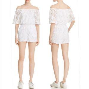 BB Dakota Dresses & Skirts - 🎉Sale🎉NWT BB dakoda off shoulder lace romper szS