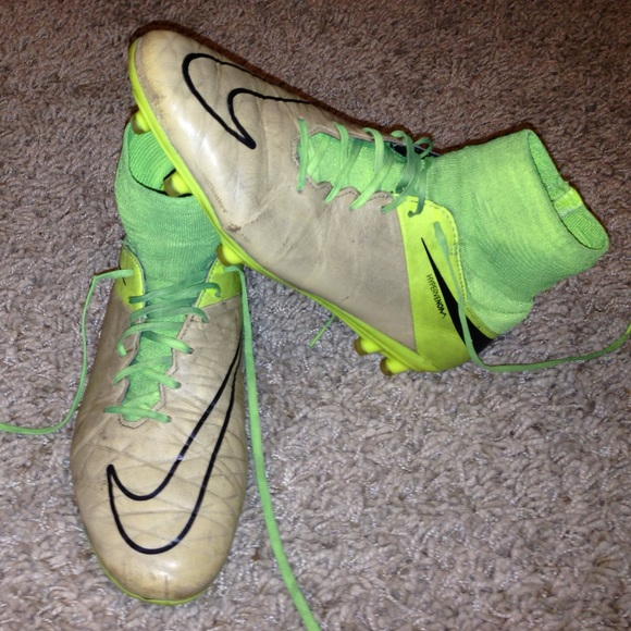 new style bfd11 4057d Nike Hypervenom SUPERFLY cleats