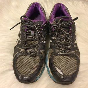Asics tennis shoes sz 10