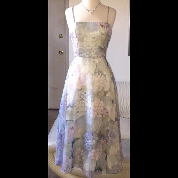 Jessica McClintock Dresses & Skirts - 🌸Vintage Jessica McClintock Gown