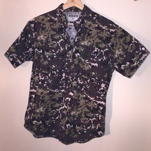 Staple Other - MEN's STAPLE SHORT SLEEVE BUTTON DOWN from UO
