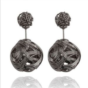 Jewelry - Double Sided Basket Weave Earrings