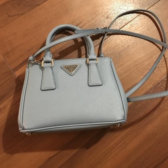 7ae9f948ddc3 Authentic Prada Mini Saffiano Leather Double Zip. M 57d39a24b4188e1e86009b19