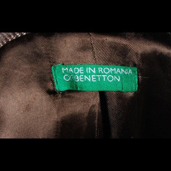 Benetton Jackets & Coats - FINAL MARKDOWN 🍁Lovely Benetton Winter Coat