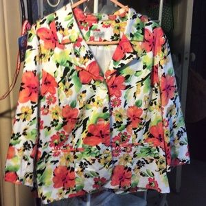 Bright flower print, 3/4 sleeve jacket