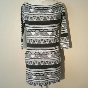 Dresses & Skirts - Abstract Stretch Dress - Great bundle item!
