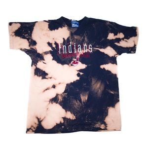 Vintage 1998 Indians t-shirt | Made by Pro Layer