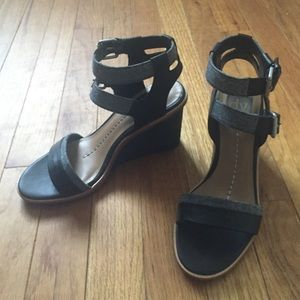 Brand New Dolce Vita wedges Size 7
