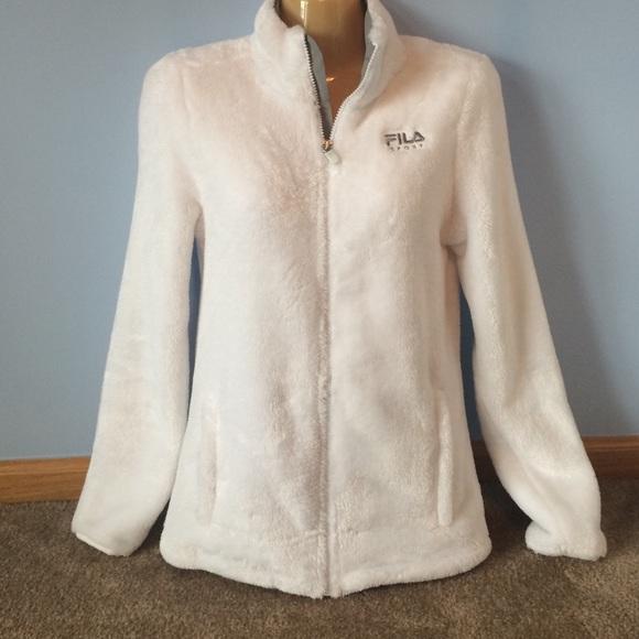 055bfdcc Fila fuzzy jacket