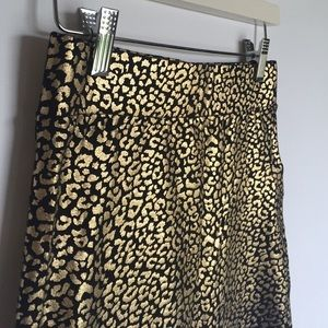 Forever 21 Skirts - Forever 21 F21 gold & black leopard stretch skirt