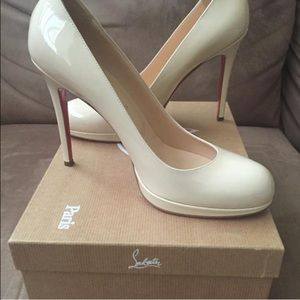 Christian Louboutin New Simple 120 Nude Pumps