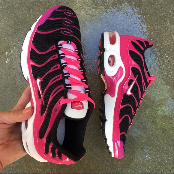 140eb4232d9b9 Nike Shoes | Nwob Air Max Tn | Poshmark