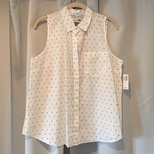 NWT Old Navy Sleeveless Polka Dot Button-up